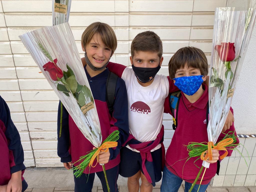 Sant Jordi's Week 📚 🌹 at ISCAT M.